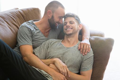 ¿Cómo coquetear con un chico gay?