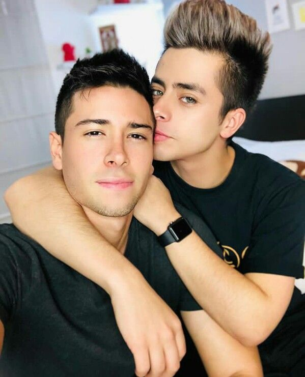 Nos dervirgamos - relatos gay