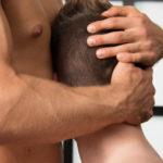 Mi amigo gay me enseña a follar - relatos gay