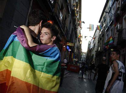 Con uno de mis amigos de la adolescencia - citasgay.org